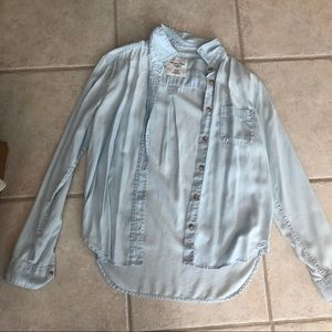 American Eagle light blue button down